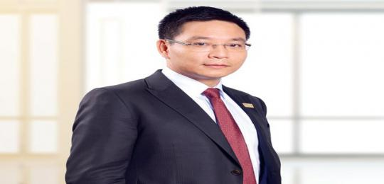 chu-tich-vietinbank-lam-chinh-khach-ghe-nong-ngan-hang-bo-ngo