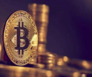 cuoc-tranh-luan-nong-nhat-o-pho-wall-thoi-diem-hien-tai-nen-mua-vang-hay-bitcoin